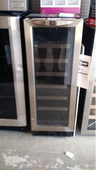 DANBY 21 Built-In Stainless Steel Wine Refrigerator - NEW